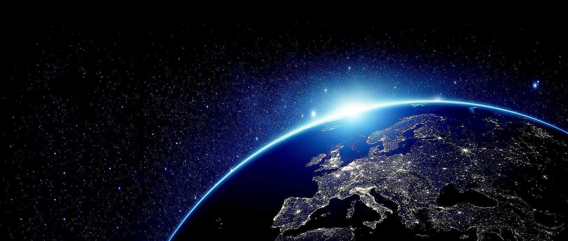 Bild: Blick auf die Erde aus dem Weltraum